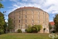 """Създаване на болницата """"Narrenturm"""" във Виена през 1748 година"""