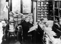 Теория на страничните вериги на Паул Ерлих от началото на 20 век