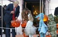Таласъми и призраци – гостите в Белия дом по случай Хелоуин
