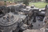 Индийският храм Кайласа – най-голямата монолитна структура в света