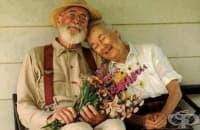 Учените доказаха, че мъжете, които се женят за умни жени, живеят по-дълго