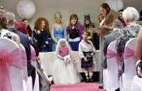 5 - годишно момиче с онкологично заболяване се омъжи