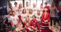 На Коледа се случват чудеса. Вижте скритото послание за една жена в коледната семейна снимка! (видео)