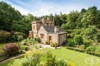 Най-малкият замък в Англия се продава и струва не повече от средно голям апартамент в Лондон