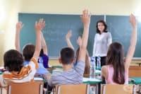 В столичните училища започват безплатни профилактични прегледи за гръбначни заболявания