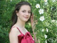 Близките на 22-годишно момиче с тумор в мозъка набират средства за лечението й