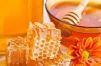 Британски специалисти съветват кашлицата да се лекува с мед