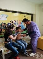 Педиатрите от МБАЛ Централ Хоспитал ще дават денонощни консултации по телефона