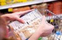 Етикетите на хранителните продукти трябва да показват как може да навреди тяхната консумация