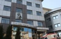 Уникална операция за първи път в България на младеж със Синдром на лешникотрошачката
