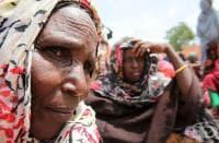 В най-големия бежански лагер в света върлува епидемия от холера