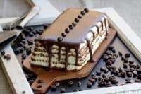 Бисквитена торта с маскарпоне и кафе