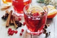 Черен чай със сок от нар и подправки