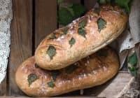 Пълнозърнест хляб с коприва