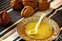 Салатен дресинг с орехово масло
