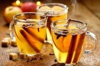 Гореща бира с мед, канела и анасон