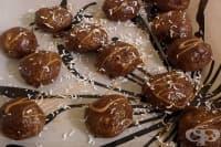 Кокосови бонбони с шоколад