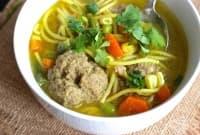 Испанска супа със спагети и кюфтенца