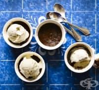 Пудинг с какао, кафе и бадеми
