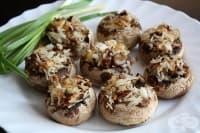 Пълнени гъби с ориз и лук