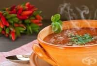 Люта супа със спанак и босилек