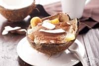 Десерт-тирамису с ананас и кокосов ликьор