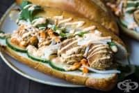 Веган сандвичи с фалафел и мариновани зеленчуци
