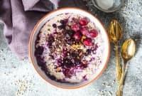 Веган плодова супа с вишни и ядки