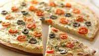 Бяла зеленчукова пица