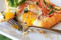 Яйца с пармезан и бекон в тесто