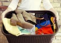 10 трика, които могат да спасят вашите дрехи и обувки