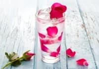 Консумирайте розова вода за пиене поради 5 ефикасни причини