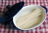 Ако искате по-бързо да сварите пастата, накиснете я в студена вода