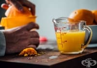 Облекчете ревматоидния артрит с напитка от чесън, портокал и магданоз