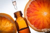 Използвайте 3 етерични масла срещу целулит