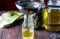 Направете противовъзпалително масло за кожа с алое вера