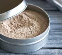 Направете си екологична пудра за лице от арарут и какао