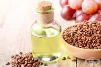 Открийте 4 ползи на маслото от гроздови семки за кожата
