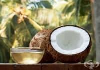 Избелете ноктите с кокос и чаено дърво