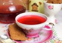 Намалете нивата на пикочна киселина с чай от хибискус