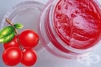 Подхранете устните си с домашен балсам от боровинки