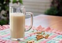 Подобрете паметта с напитка от соево мляко, пчелно млечице и пчелен прашец