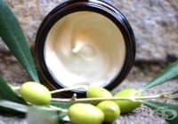 Предотвратете появата на бръчки с крем от кокос, какао и зехтин