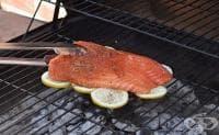 Предотвратете залепването на рибата по скарата с помощта на лимон