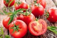 Използвайте английска сол за по-вкусни домати и чушки