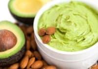 Заличете целулита с авокадо и бадемово масло
