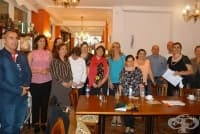 Зам.- социалният министър Зорница Русинова разговаря с родители от многодетни семейства
