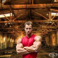 Тренировъчна програма на фитнес моделът Матус Валент за рамене, гърди и корем