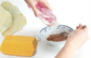 Домашни средства за почистване на мазна кожа