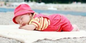 Полезно ли е да водим бебето на море